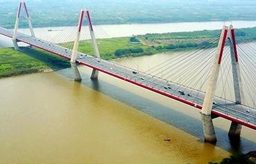 Chờ thêm những cây cầu trên sông Hồng