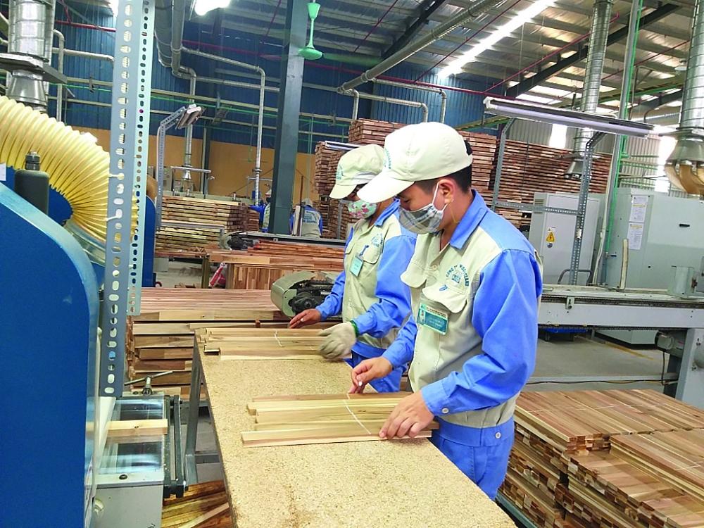 Gỗ Việt còn nhiều cơ hội để gia tăng thị phần trên thị trường đồ gỗ thế giới. Ảnh: Nguyễn Thanh