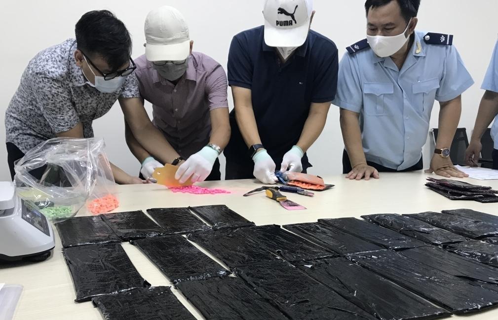 TPHCM tăng cường tuyên truyền chống buôn lậu, gian lận thương mại