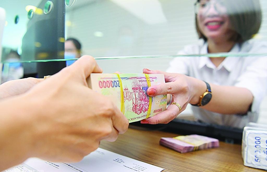 Băn khoăn tiêu chuẩn tín dụng khi nợ xấu tăng cao
