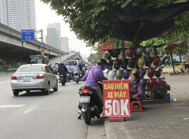 """Đưa bảo hiểm trách nhiệm dân sự với xe máy vào """"khuôn khổ"""""""