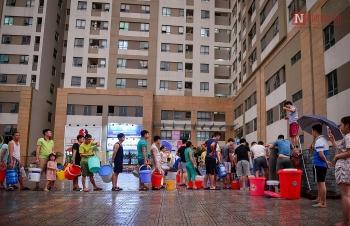 Vào hè, người dân Thủ đô lại lo thiếu nước sạch