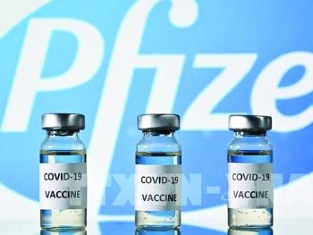 Tranh cãi về mũi tiêm nhắc lại ngừa Covid-19