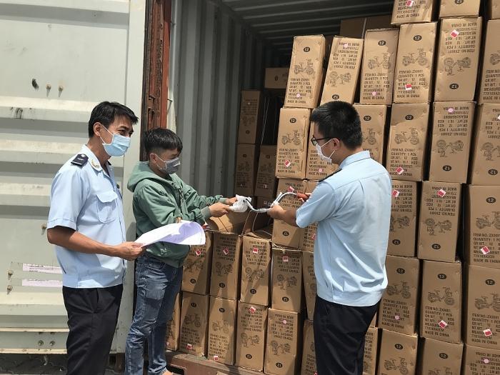 Hải quan TP Hồ Chí Minh thêm khó khăn trong thu ngân sách