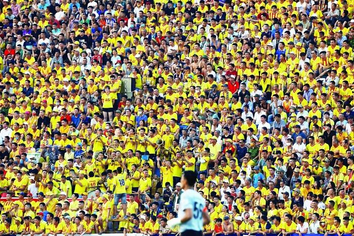 Ngày bóng đá đẩy lùi dịch bệnh
