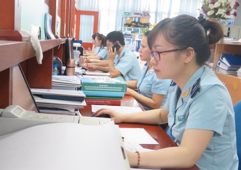 Hải quan Hà Nội triển khai nhiều giải pháp vực dậy số thu