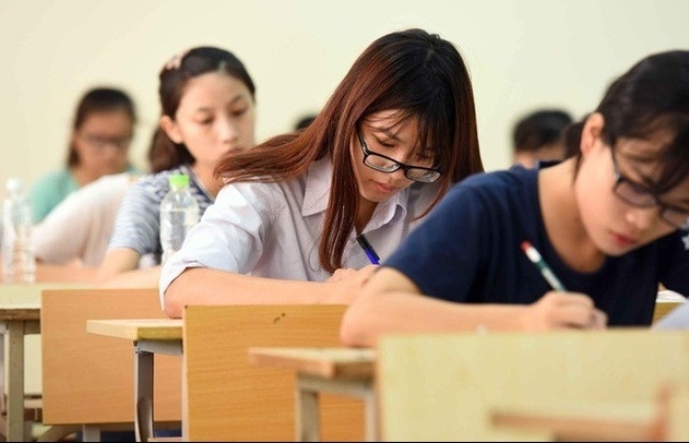 Bộ Giáo dục và Đào tạo chốt thi tốt nghiệp THPT thành 2 đợt