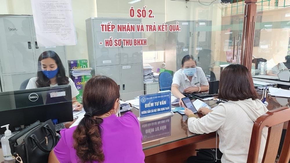 Kịp thời tiếp nhận, giải quyết hồ sơ hỗ trợ người lao động và người sử dụng lao động.