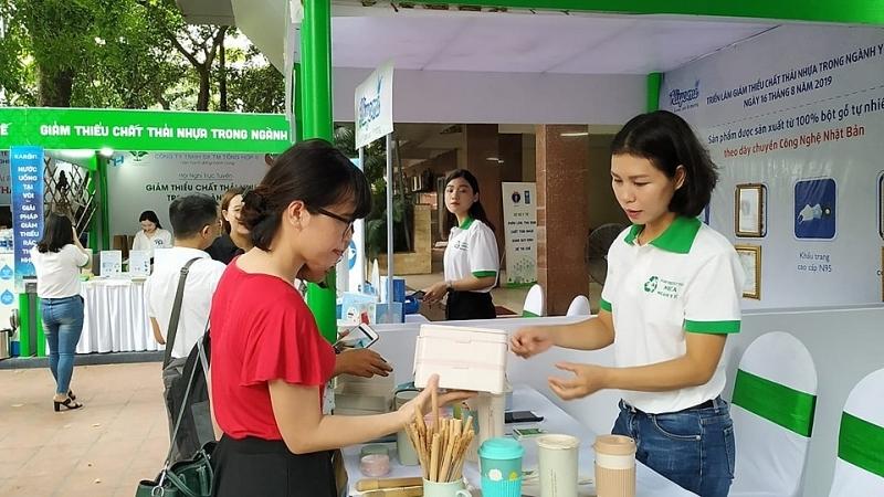 Ngành Y tế lan tỏa thông điệp phòng chống rác thải nhựa