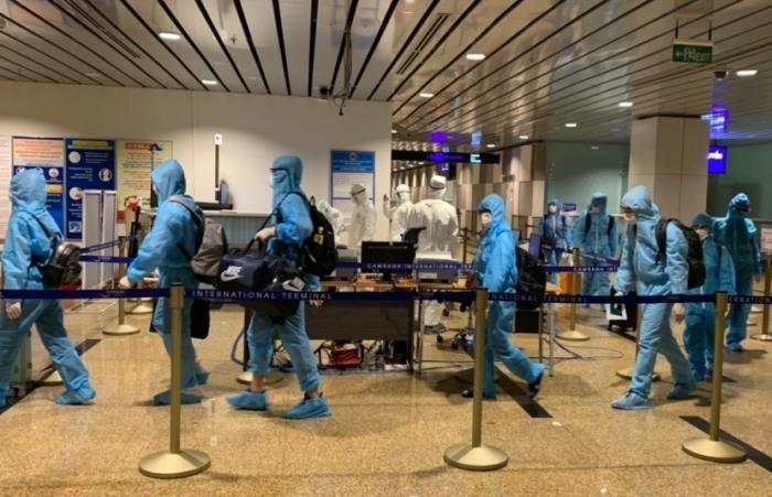 Mở lại đường bay quốc tế, người nhập cảnh sẽ cách ly như thế nào?
