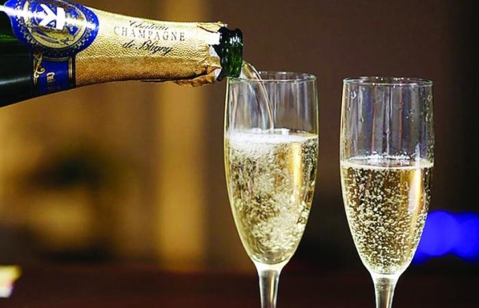 Covid-19 và cuộc khủng hoảng rượu champagne của Pháp