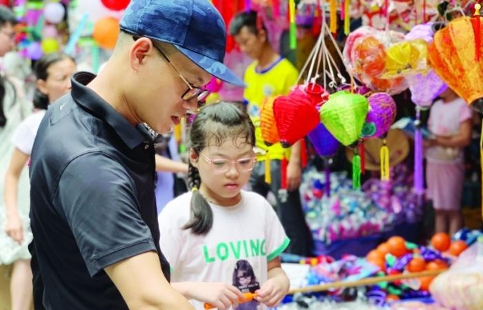 Phong phú thị trường đồ chơi Trung thu
