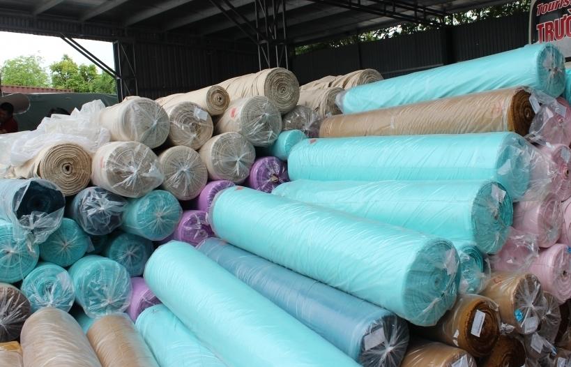 Hành trình phát hiện vi phạm đối với 266 cuộn vải nguyên liệu gia công