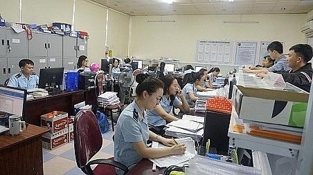 Hoạt động nghiệp vụ tại Chi cục Hải quan Vinh (Nghệ An)Ảnh: Như Trang