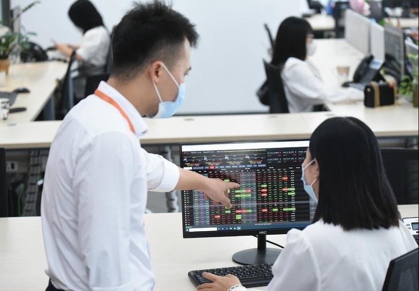 Nhiều yếu tố hỗ trợ thị trường chứng khoán tăng trưởng