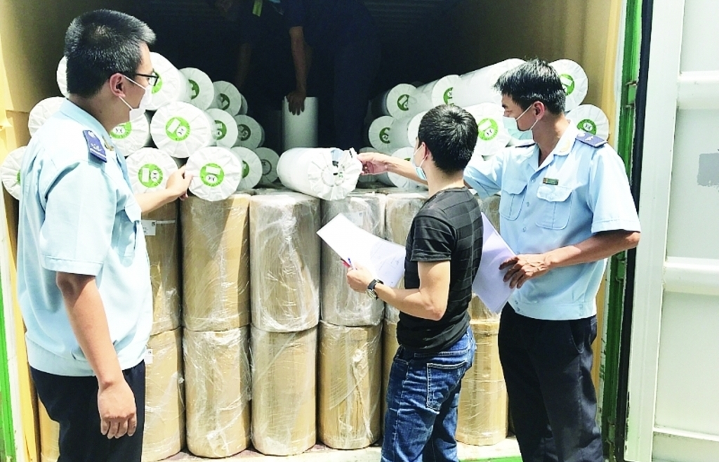 Hải quan TPHCM: 8 chi cục được giao chỉ tiêu thu nghìn tỷ