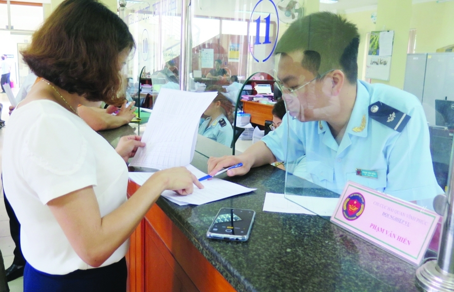 Hải quan Hà Nội đối thoại doanh nghiệp: Giải đáp băn khoăn về thủ tục nhập khẩu ô tô