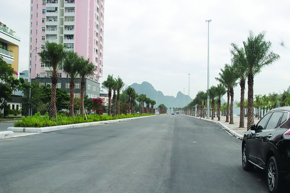 Hình ảnh ghi nhận tại Dự án đường bao biển nối thành phố Hạ Long với thành phố Cẩm Phả.  Ảnh:  Thùy Linh