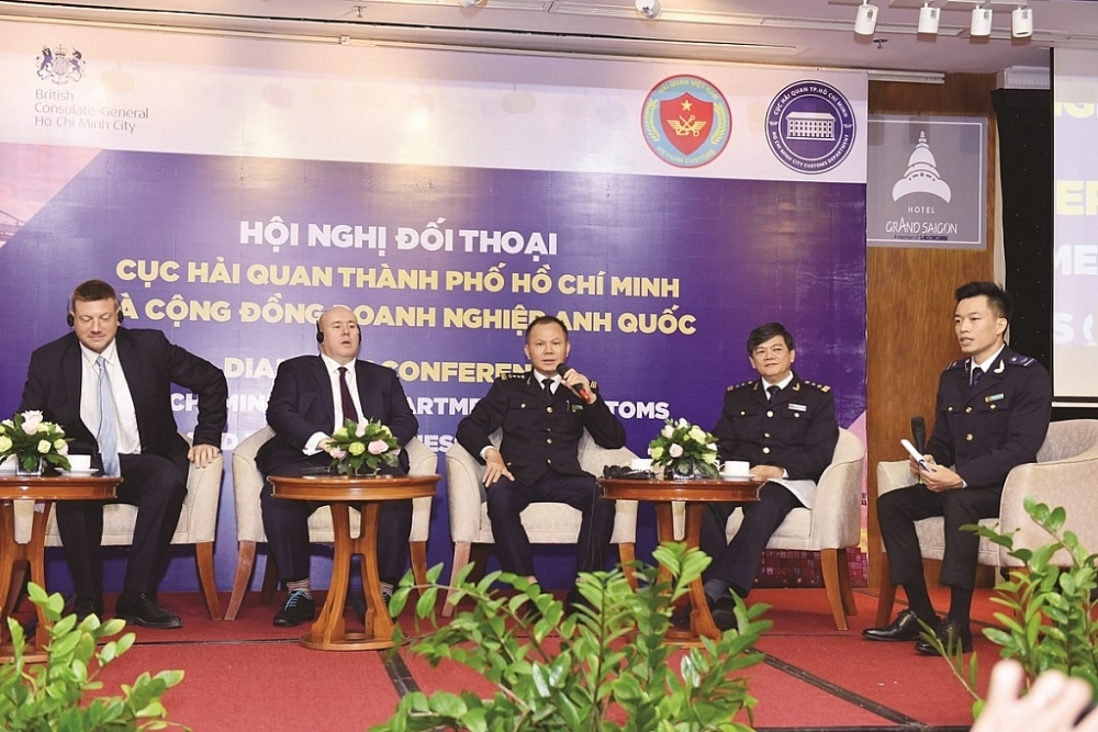 Hội nghị Đối thoại giữa Cục Hải quan TP Hồ Chí Minh với Lãnh sự quán Anh và Hiệp hội Doanh nghiệp Anh tổ chức ngày 26/9/2019. Ảnh: Thu Hòa