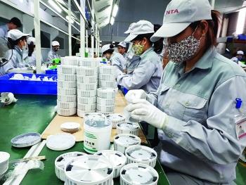 Dịch chuyển chuỗi cung ứng:  Cơ hội vàng cho Việt Nam?