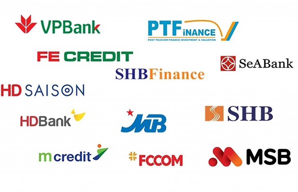 """Rao bán """"con cưng"""", các ngân hàng toan tính gì?"""