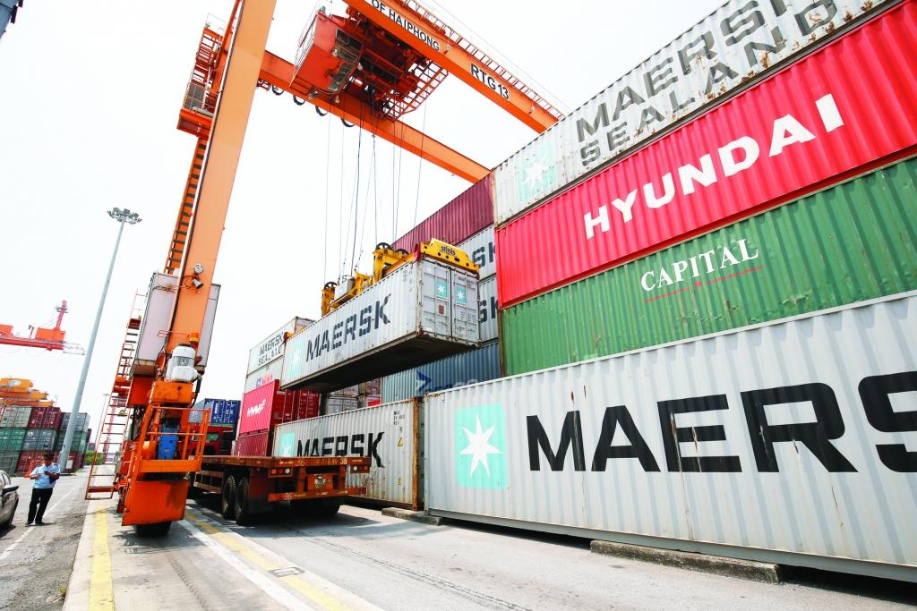 """Xuất khẩu:  Kỳ vọng """"lội ngược dòng"""" nhờ EVFTA"""