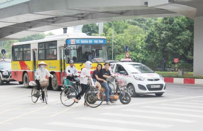 Vì sao doanh nghiệp vận tải xe buýt  xin tạm ngừng hoạt động?