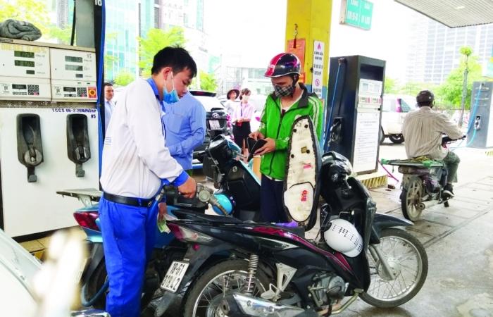 Điều chỉnh giá xăng dầu:  15 ngày, 10 ngày hay ngắn hơn