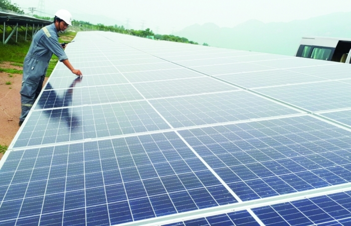 Mua bán điện mặt trời:  Bế tắc vì quy định thiếu rõ ràng