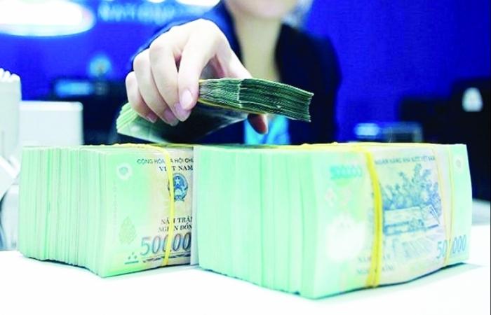 Nặng gánh nợ nần, doanh nghiệp mong giảm thêm lãi suất