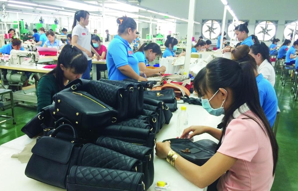 Doanh nghiệp da giày tìm nguồn cung - cầu mới