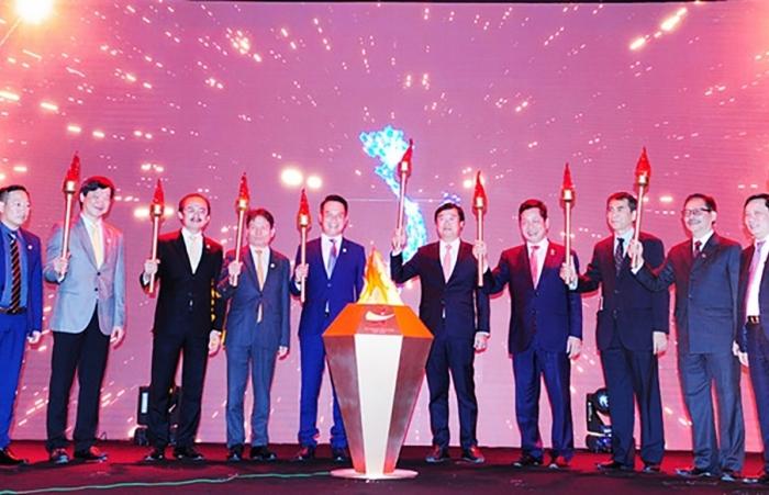 Thời điểm thử thách bản lĩnh doanh nhân Việt