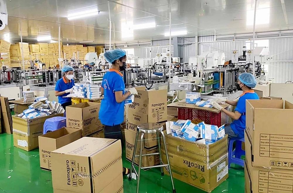 Doanh nghiệp tìm cách giữ chân và thu hút lao động để phục hồi sản xuất