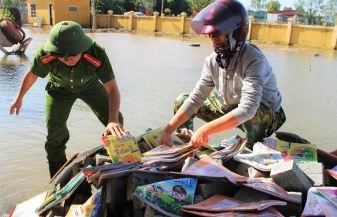 Nhu cầu sách giáo khoa sau bão lụt