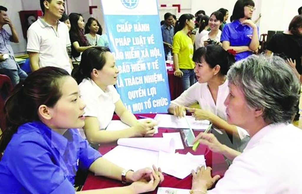 Phát triển bền vững số người tham gia  bảo hiểm xã hội tự nguyện