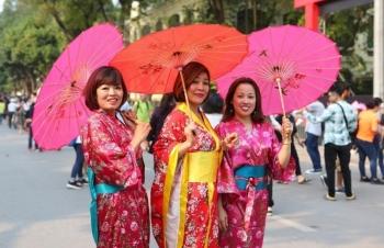 Lễ hội hoa anh đào Hà Nội - Bữa tiệc văn hóa đặc sắc