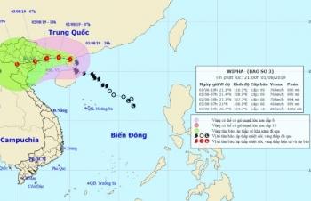 Bão số 3 giật cấp 12, dự báo chiều nay đổ bộ vào Quảng Ninh