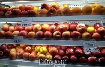 Nhiều loại trái cây nhập khẩu giảm giá mạnh