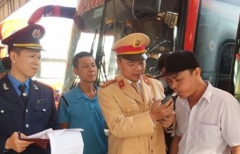 Phát hiện hàng loạt lái xe dương tính với ma tuý tại bến Nước Ngầm