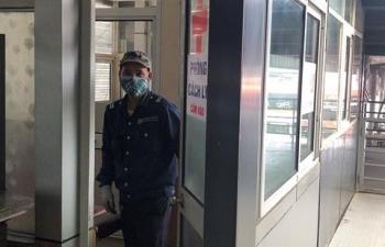 Cận cảnh nhà cách ly người nghi nhiễm Covid-19 tại bến xe Hà Nội