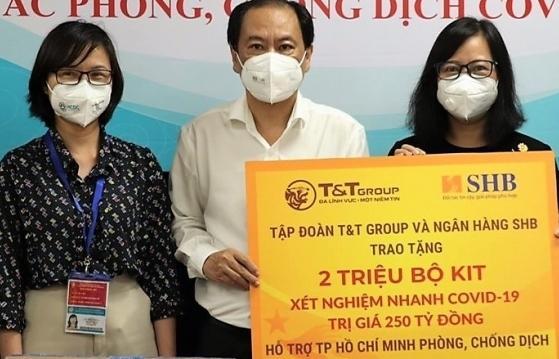 T&T Group và SHB trao tặng TP HCM  2 triệu bộ kit xét nghiệm nhanh Covid-19