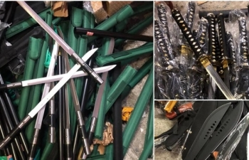 Cất giấu số lượng lớn vũ khí trong lô hàng tại Hà Nội