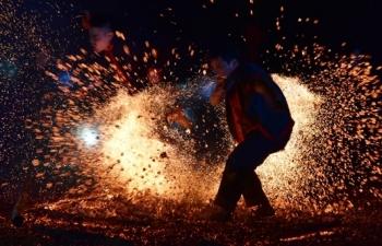 Nhảy lửa - sản phẩm du lịch độc đáo
