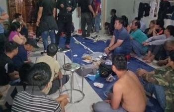 Sòng bạc lớn với hàng chục nam nữ đang sát phạt nhau tại  Đắk Lắk bị triệt phá