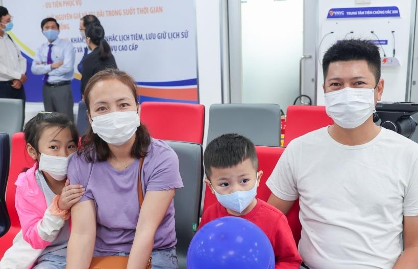 Khai trương Trung tâm tiêm chủng VNVC quận 7