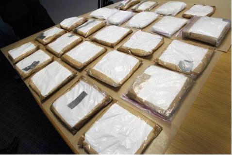 24kg cocaine tren tau du lich