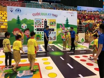 Toyota Việt Nam tiếp tục góp phần nâng cao ý thức an toàn giao thông cho thế hệ trẻ
