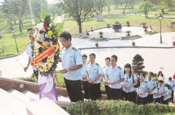 Tháng Tư - nghe những câu chuyện cảm động ở Quảng Trị anh hùng