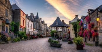 Những ngôi làng thanh bình, tuyệt đẹp nước Pháp