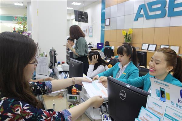 ABBANK triển khai dịch vụ Nộp thuế Hải quan điện tử 24/7